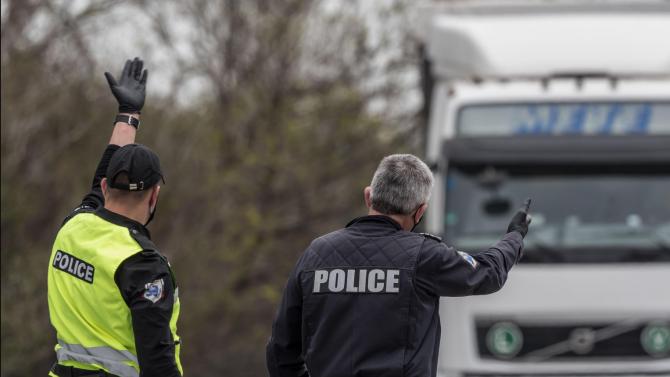 """Поради горящ камион е ограничено движението при 150 км на АМ """"Тракия"""" към Бургас"""