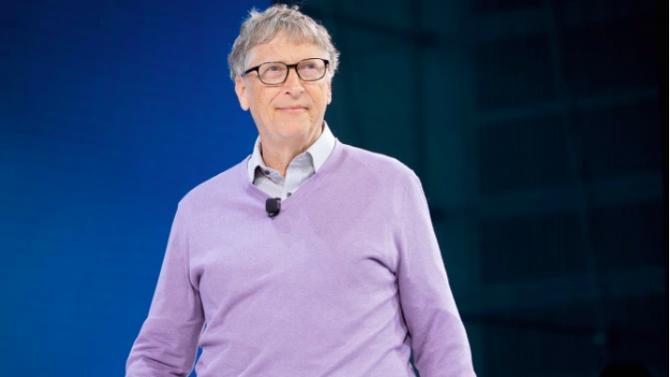 Бил Гейтс: Пандемията от коронавирус ще приключи през 2022 г.
