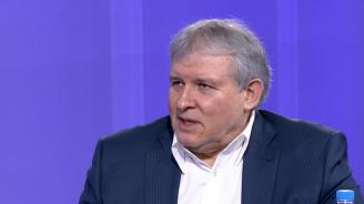 Румен Христов: Какъв е протестът, щом зад него стоят Манолова, БСП и президентът? Ляв, разбира се!