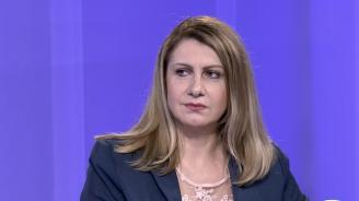 Десислава Ахладова: При президентска република може да се окажем с тоталитарно управление