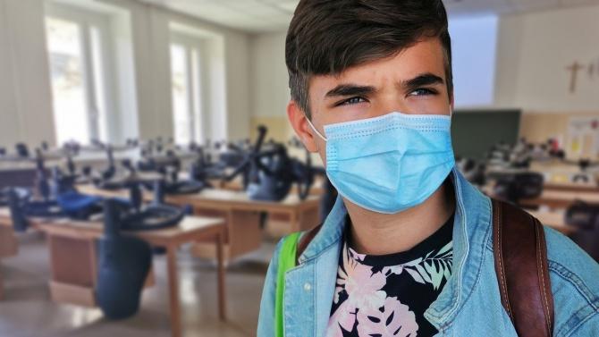 Неучебен ден в 107-мо училище в София заради COVID-19