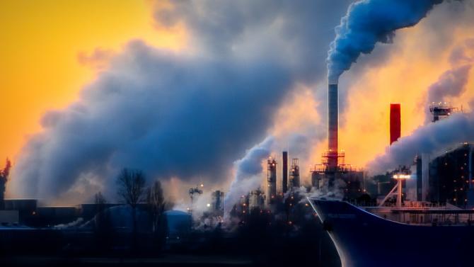 Доклад: Най-богатият 1% от световното население произвежда най-много въглеродни емисии