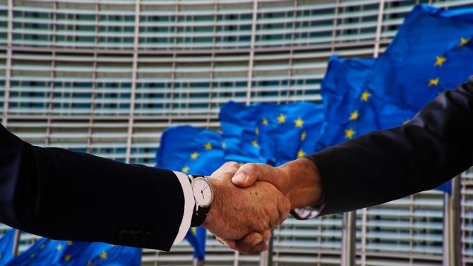 ЕК възстанови на България близо 1 милиард евро