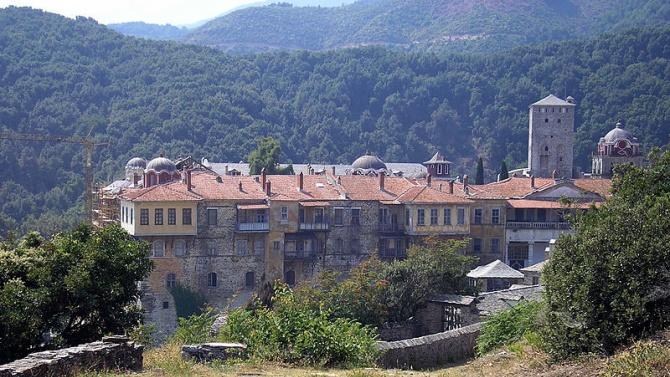 Светогорски манастир е под карантина заради заразени с коронавирус монаси