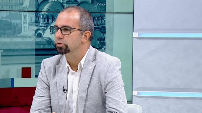 Първан Симеонов: Слави Трифонов прилича на ранния Борисов, вратите между Цветанов и ГЕРБ може да се отворят