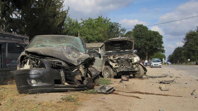 Две коли се сблъскаха челно в Искърското дефиле, има жертва и тежко ранени