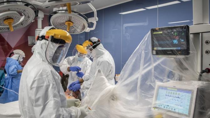 Потвърдените случаи на коронавирус в Мексико надхвърлиха 700 хиляди