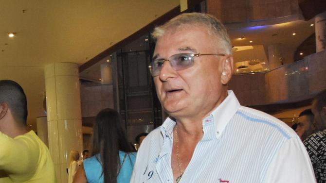 Христо Сираков почина