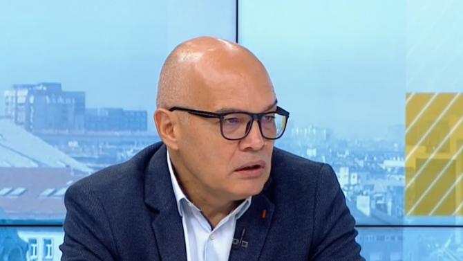 Тихомир Безлов: Ключови в следващите две седмици ще бъдат училищата