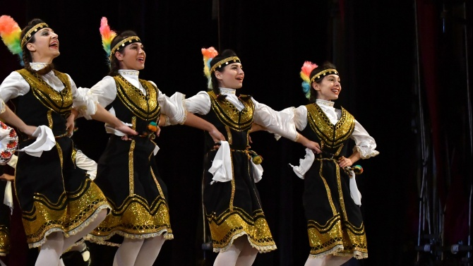 Ансамбли от Разград, Добрич и Търговище ще зарадват почитателите си