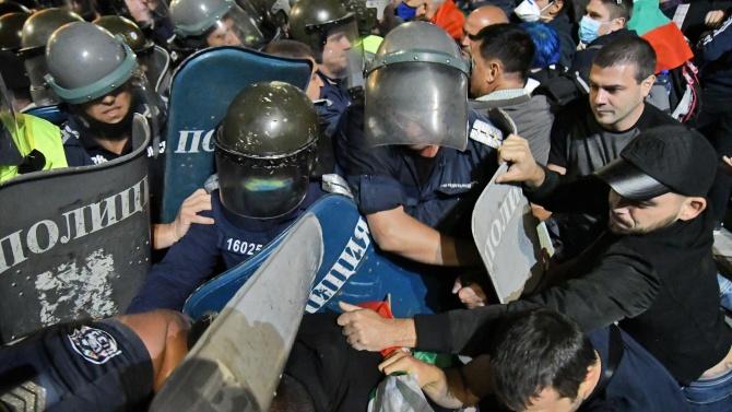 Окончателно: Всеки час извънреден труд от полицаите ще се компенсира