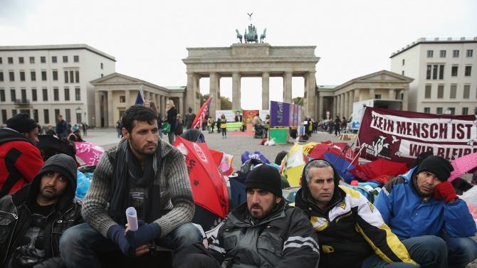 Двама от всеки трима мигранти, дошли в ЕС, нямат право