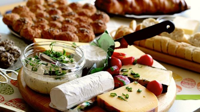 Колко е допустимото количество вода в сиренето?