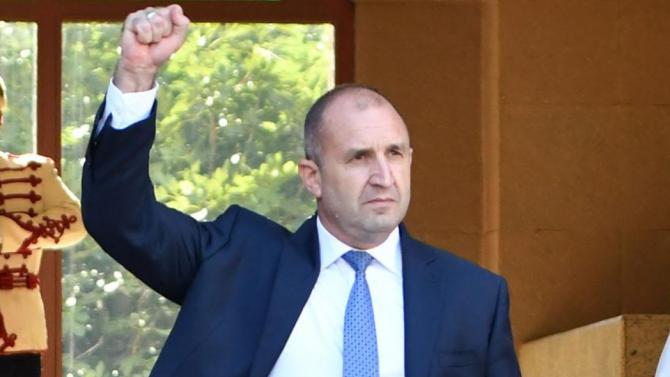 Виктор Димчев: Протестите се броят от 9-ти юли - ден първи на юмрука на Радев