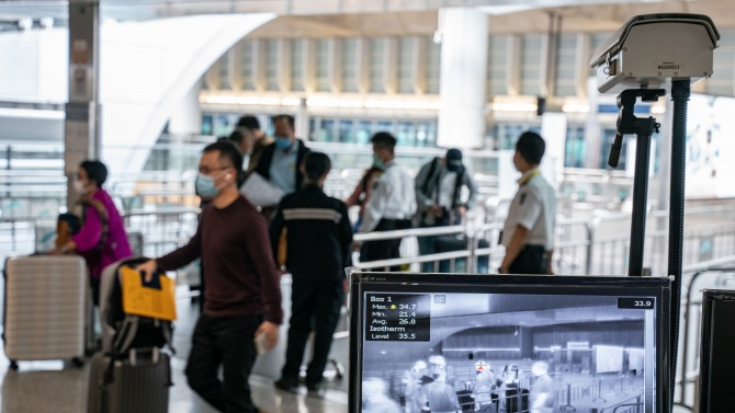 Китай облекчава условията за връщане на чужденци в страната