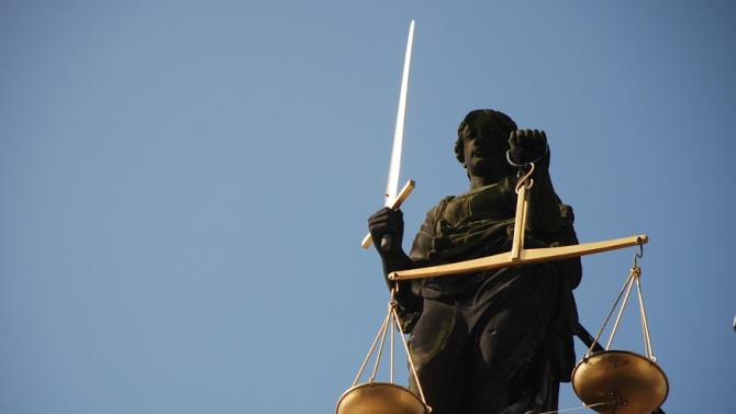 Софийска районна прокуратура предаде на съд 19-годишен за грабеж