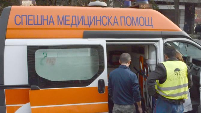 Работник бе тежко ранен при злополука на изхода на Исперих