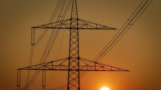 ЧЕЗ Разпределение България изгради нов електропровод в област Перник. Съоръжението
