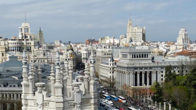 Властите в област Мадрид разшириха частичната карантина и тя вече обхваща един милион жители