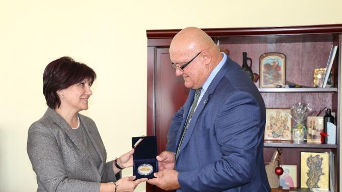Кметът на Видин Цветан Ценков се срещна с Цвета Караянчева