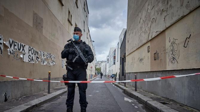 Тийнейджър арестуван за нападението в Париж