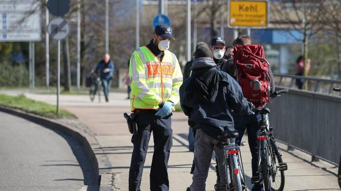 Дания удължава срока на ограниченията след нов COVID-ръст