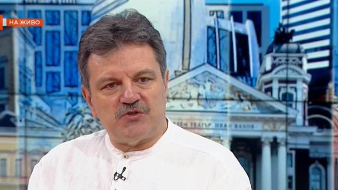 Д-р Александър Симидчиев: Тепърва училищата ще са място за разпространение на COVID-19