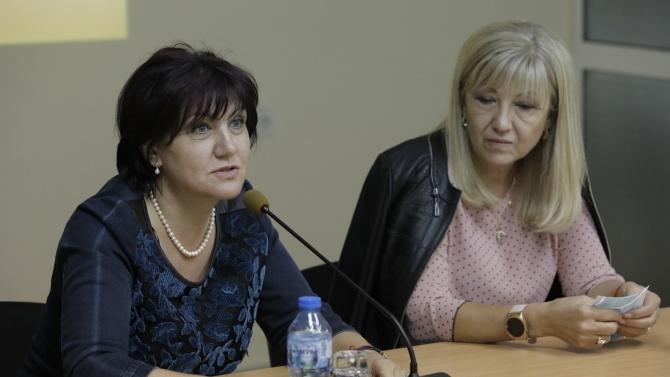 Цвета Караянчева във Враца: Нашите опоненти уж се борят с ДПС, а в смесените райони дори не са ги чували