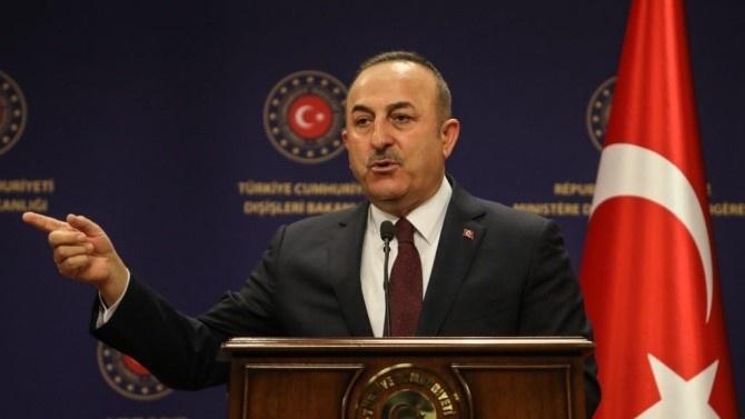 Външните министри на Турция и Русия обсъдиха по телефона напрежението между Армения и Азербайджан