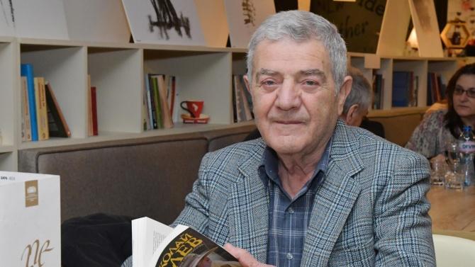 Стефан Цанев: Протестът отблъсква интелектуалците заради средствата си и липсата на ясна перспектива
