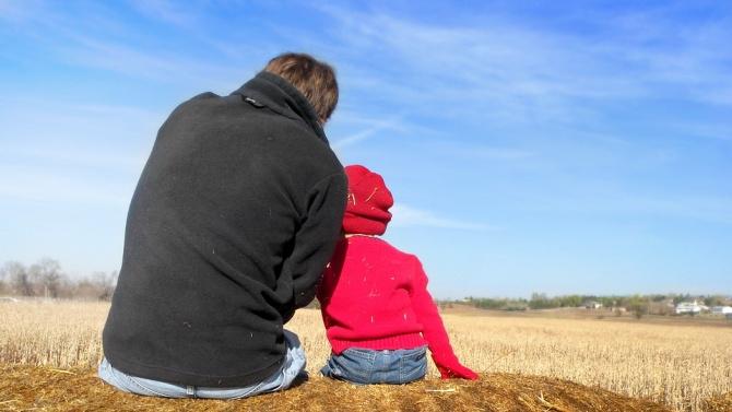 Швейцария гласува за отпуск за отглеждане на дете за бащите от две седмици