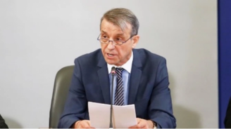 Проф. Коста Костов: Ако не внимаваме, ще дадем повод да ни наложат нова изолация