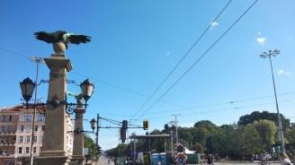 Протестен митинг-концерт блокира кръстовището на