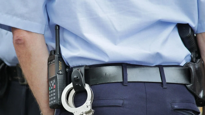 Районна прокуратура - Хасково привлече като обвиняем и задържа мъж