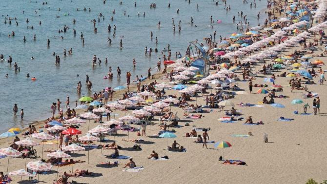 Близо 550 хил. българи са посетили черноморските ни курорти това лято