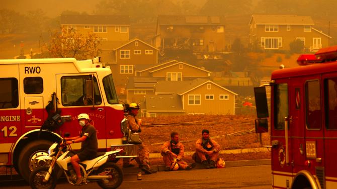 Трима загинали при пожар в Северна Калифорния