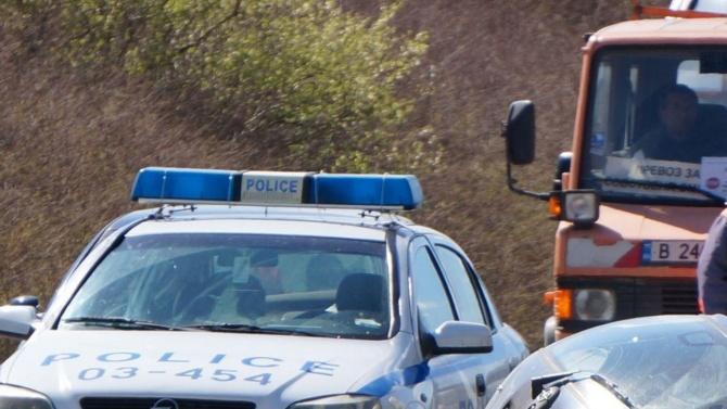"""Шофьор, превозващ незаконни сирийци, си спретна гонка с полицията на АМ """"Тракия"""""""