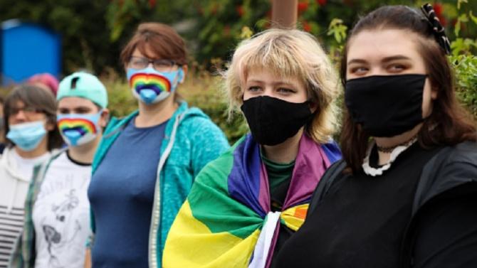 Хомофобията се засилва! А къде са институциите?