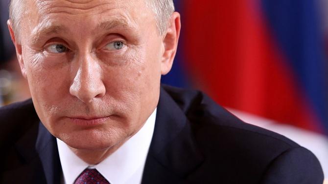 Владимир Путин възнамерява да се ваксинира с новата руска ваксина срещу коронавирус