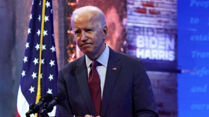 Джо Байдън публикува данъчната си декларация часове преди първия си дебат с Доналд Тръмп