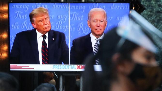 Дебатите Тръмп-Байдън се превърнаха в хаотичен спектакъл