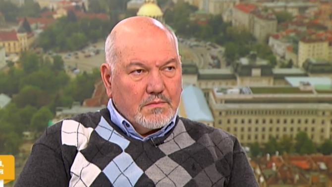 """Проф. Александър Маринов: Не мисля, че президентът """"страни гнусливо"""" от БСП"""