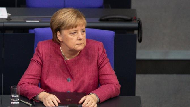 Меркел потвърди, че ще се срещне с беларуската опозиционерка Тихановска
