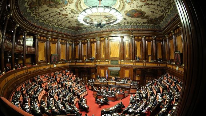 Италианският сенат прекъсна работа заради пандемията