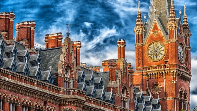 Във Великобритания удължиха действието на законите, приети заради пандемията