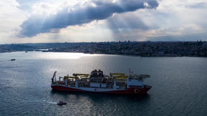 Гърция подкрепя Кипър в искането му за санкции срещу турските сондажи