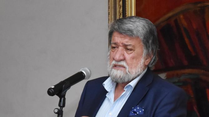Вежди Рашидов присъства на откриването на учебната година на УниБИТ