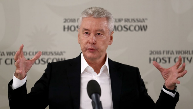 Кметът на Москва изиска от работодателите поне 30% от служителите им да започнат да работят от вкъщи