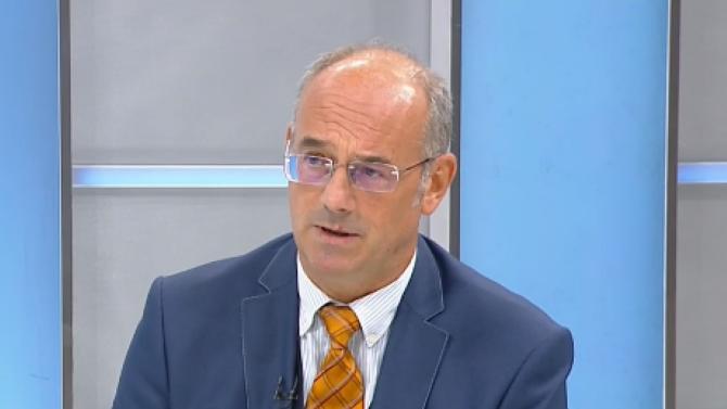 Проф. Атанас Семов: Този път ЕС ще реагира различно на случващото се в България