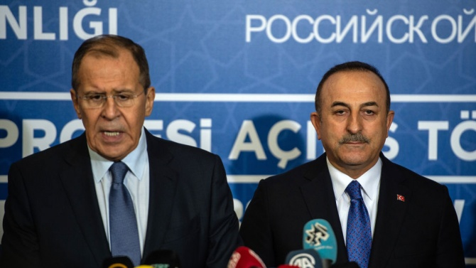 Външните министри на Русия и Турция се обявиха за незабавно прекратяване на бойните действия в Нагорни Карабах